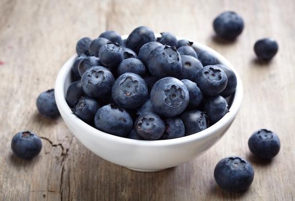 blueberries-bowl-130823